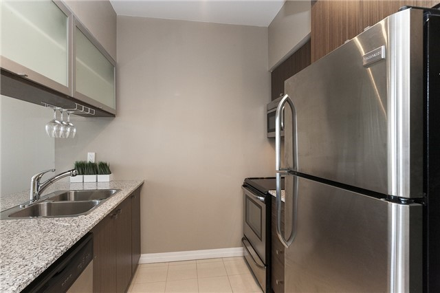 Condo Apartment at 275 Yorkland Rd, Unit Ph05, Toronto, Ontario. Image 17