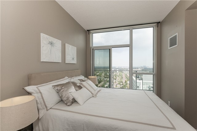 Condo Apartment at 275 Yorkland Rd, Unit Ph05, Toronto, Ontario. Image 20