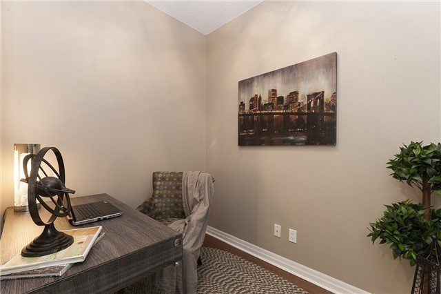 Condo Apartment at 275 Yorkland Rd, Unit Ph05, Toronto, Ontario. Image 3