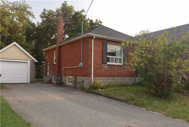 Detached at 211 Harlandale Ave, Toronto, Ontario. Image 2