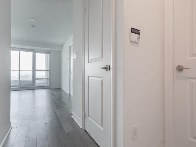 Condo Apartment at 2015 Sheppard Ave E, Unit 2905, Toronto, Ontario. Image 14