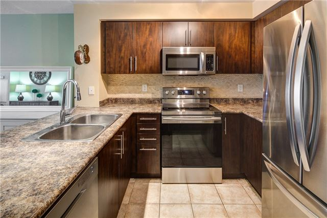 Condo Apartment at 503 Beecroft Rd, Unit 1102, Toronto, Ontario. Image 14