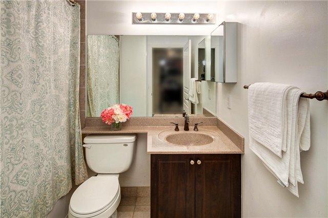 Condo Apartment at 503 Beecroft Rd, Unit 1102, Toronto, Ontario. Image 9