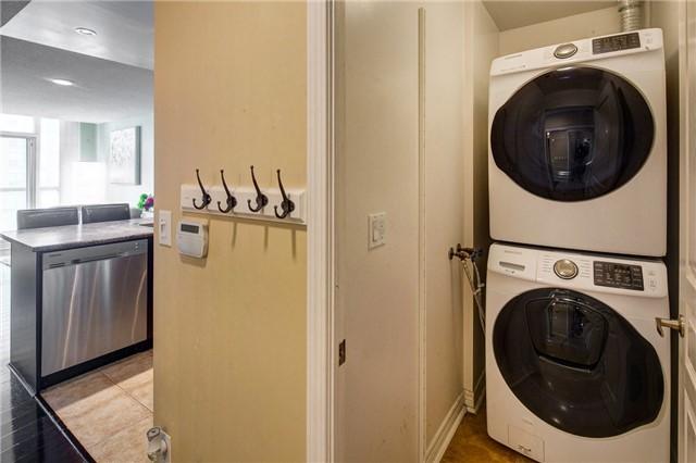 Condo Apartment at 503 Beecroft Rd, Unit 1102, Toronto, Ontario. Image 10