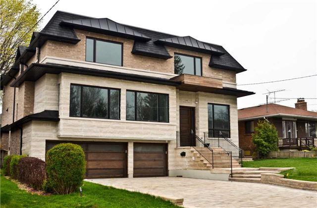 Detached at 149 Newton Dr E, Toronto, Ontario. Image 9
