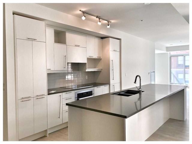 Condo Apartment at 30 Nelson St, Unit 525, Toronto, Ontario. Image 1