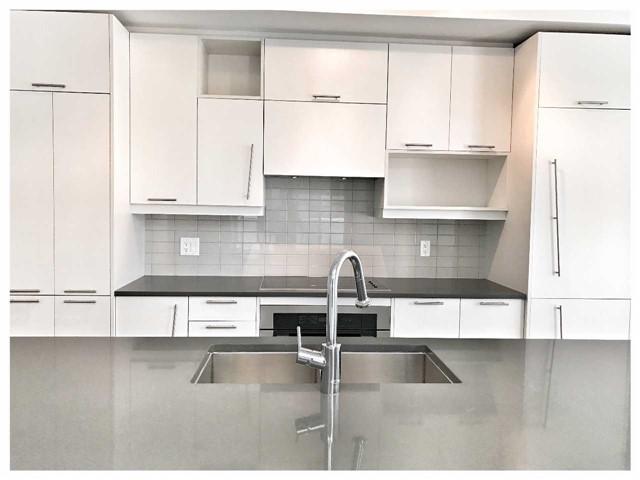 Condo Apartment at 30 Nelson St, Unit 525, Toronto, Ontario. Image 15