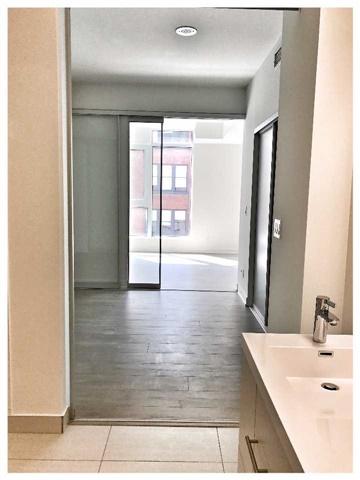 Condo Apartment at 30 Nelson St, Unit 525, Toronto, Ontario. Image 4