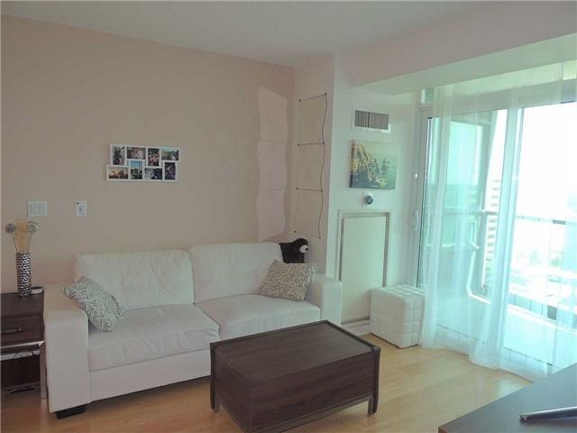 Condo Apartment at 15 Greenview Ave, Unit 2204, Toronto, Ontario. Image 16