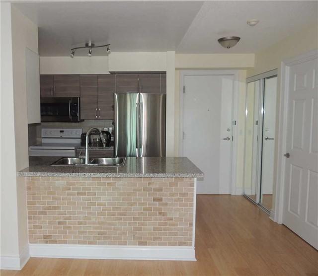 Condo Apartment at 15 Greenview Ave, Unit 2204, Toronto, Ontario. Image 18