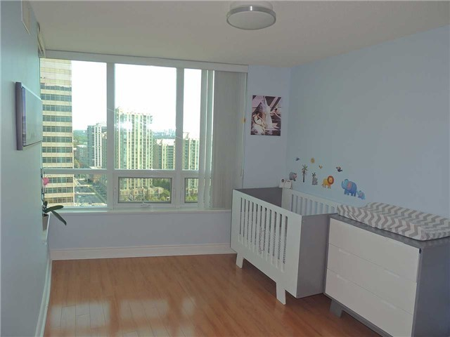 Condo Apartment at 15 Greenview Ave, Unit 2204, Toronto, Ontario. Image 2