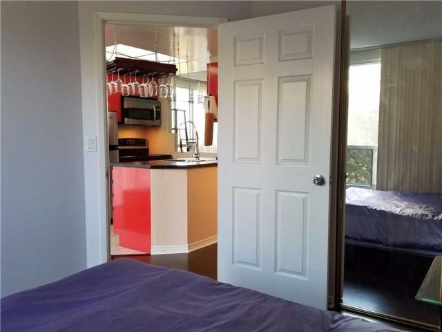 Condo Apartment at 7 Concorde Pl, Unit 209, Toronto, Ontario. Image 8
