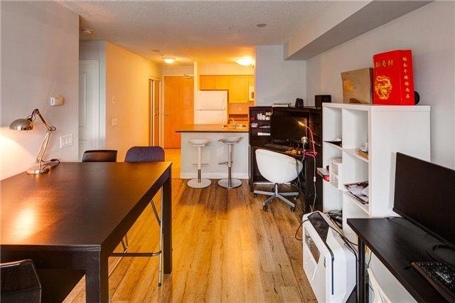 Condo Apartment at 4978 Yonge St, Unit 1012, Toronto, Ontario. Image 3