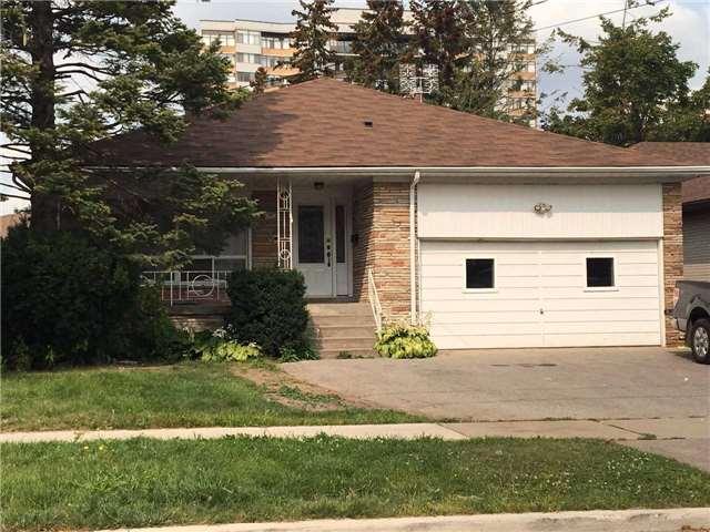 Detached at 60 Russfax Dr, Toronto, Ontario. Image 1