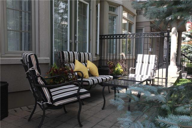 Condo Townhouse at 17 Barberry Pl, Unit Th120, Toronto, Ontario. Image 14