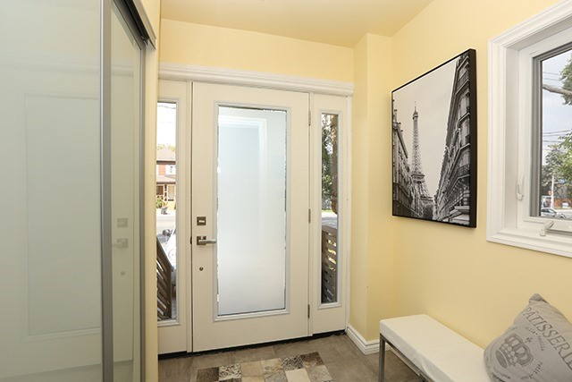Semi-detached at 95 Lawrence Ave W, Toronto, Ontario. Image 14