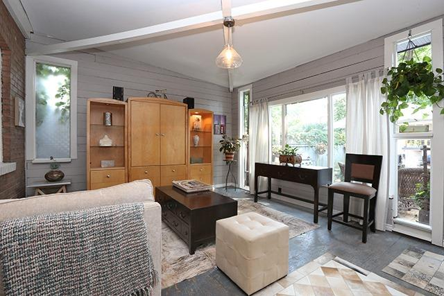 Semi-detached at 95 Lawrence Ave W, Toronto, Ontario. Image 3