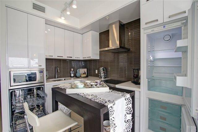 Condo Apartment at 120 Bayview Ave, Unit S504, Toronto, Ontario. Image 15