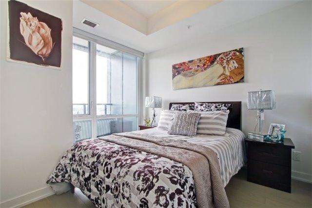 Condo Apartment at 120 Bayview Ave, Unit S504, Toronto, Ontario. Image 4