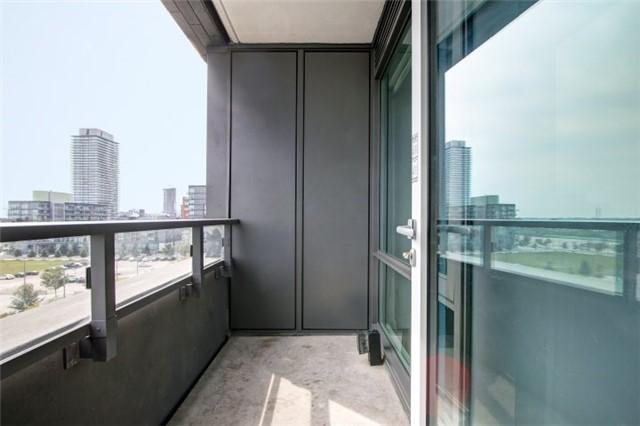 Condo Apartment at 120 Bayview Ave, Unit S504, Toronto, Ontario. Image 7