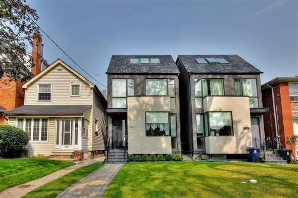 Detached at 250 Woburn Ave, Toronto, Ontario. Image 1