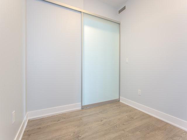 Condo Apartment at 88 Sheppard Ave E, Unit 2908, Toronto, Ontario. Image 17