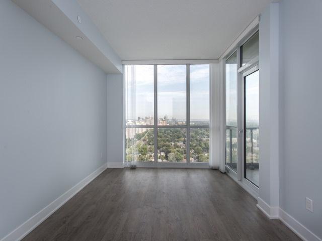 Condo Apartment at 88 Sheppard Ave E, Unit 2908, Toronto, Ontario. Image 19
