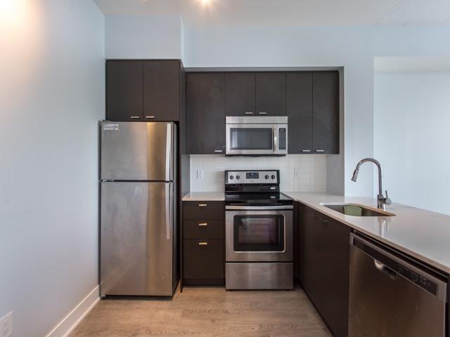 Condo Apartment at 88 Sheppard Ave E, Unit 2908, Toronto, Ontario. Image 4
