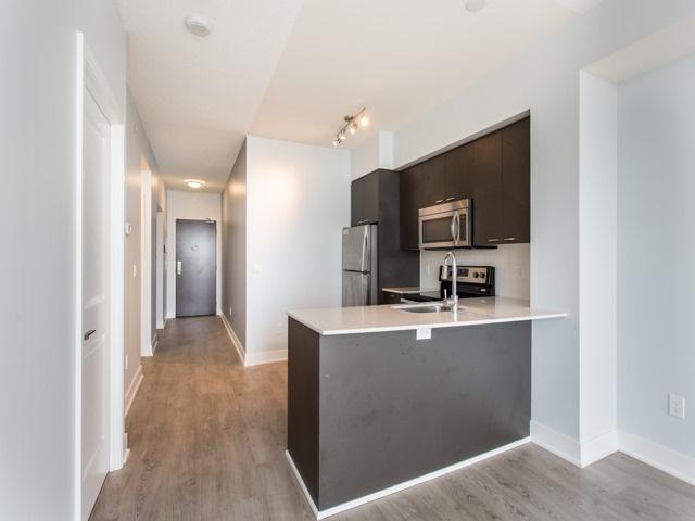 Condo Apartment at 88 Sheppard Ave E, Unit 2908, Toronto, Ontario. Image 5
