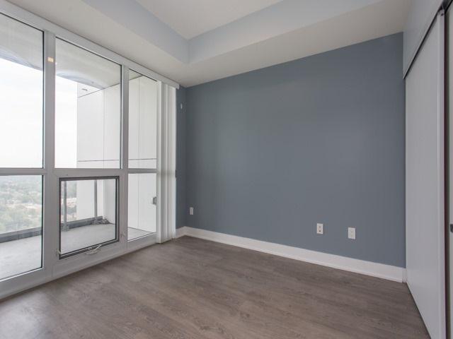 Condo Apartment at 88 Sheppard Ave E, Unit 2908, Toronto, Ontario. Image 7
