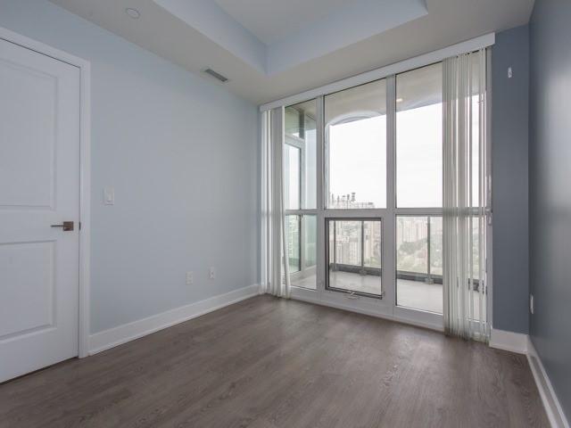 Condo Apartment at 88 Sheppard Ave E, Unit 2908, Toronto, Ontario. Image 8