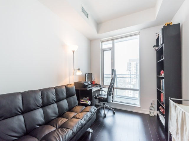 Condo Apartment at 21 Widmer St, Unit 3302, Toronto, Ontario. Image 2
