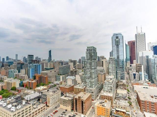 Condo Apartment at 290 Adelaide St, Unit 3110, Toronto, Ontario. Image 3