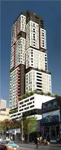 Condo Apartment at 318 Richmond St W, Unit 812, Toronto, Ontario. Image 1