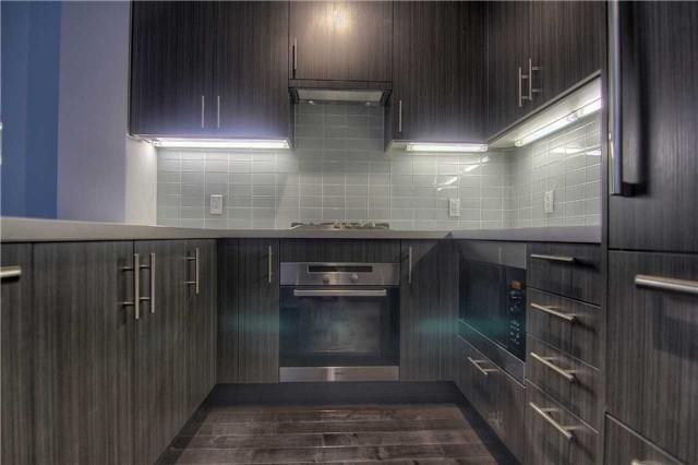 Condo Apartment at 39 Queens Quay E, Unit 418, Toronto, Ontario. Image 5