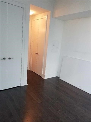 Condo Apartment at 39 Queens Quay E, Unit 418, Toronto, Ontario. Image 10