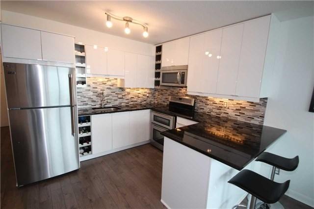 Condo Apartment at 600 Fleet St, Unit 2508, Toronto, Ontario. Image 12