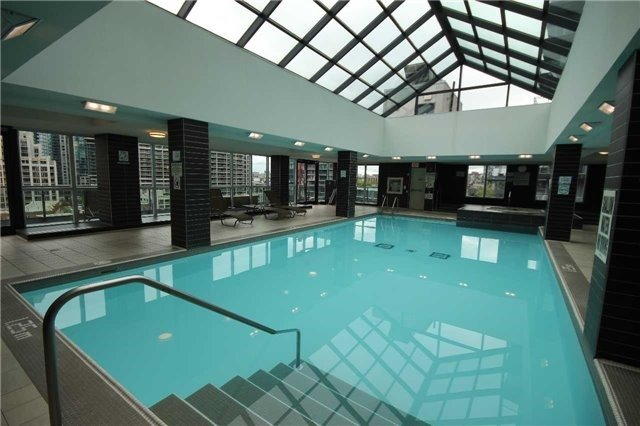 Condo Apartment at 600 Fleet St, Unit 2508, Toronto, Ontario. Image 17