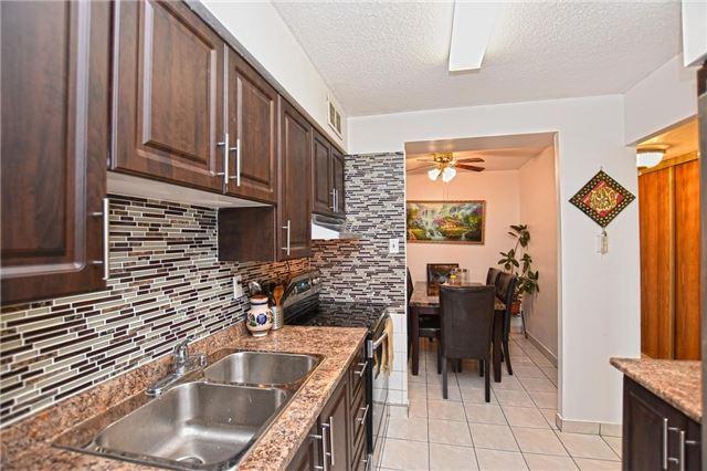 Condo Apartment at 45 Sunrise Ave, Unit 1205, Toronto, Ontario. Image 14