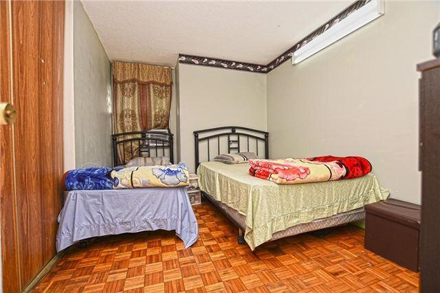 Condo Apartment at 45 Sunrise Ave, Unit 1205, Toronto, Ontario. Image 4