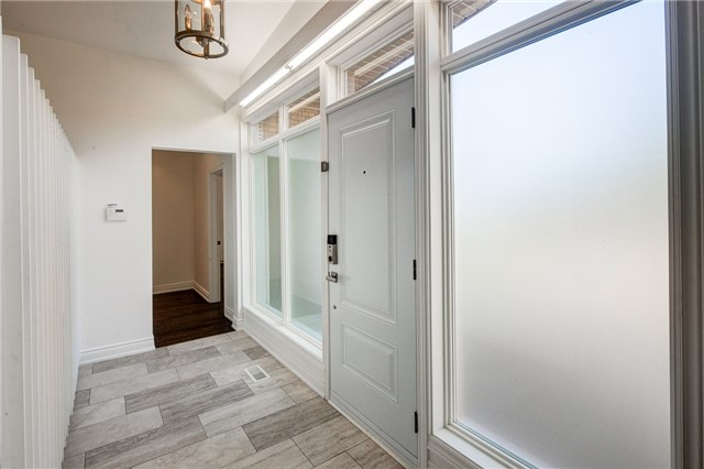 Detached at 101 Combe Ave, Toronto, Ontario. Image 14