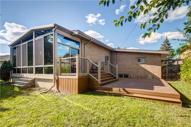 Detached at 101 Combe Ave, Toronto, Ontario. Image 13