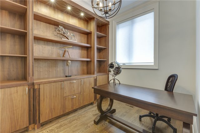 Detached at 414 Connaught Ave, Toronto, Ontario. Image 2