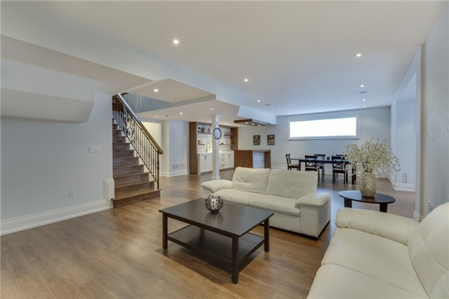 Detached at 414 Connaught Ave, Toronto, Ontario. Image 8