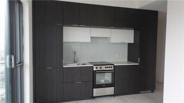 Condo Apartment at 159 Dundas St E, Unit 1806, Toronto, Ontario. Image 6