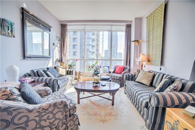 Condo Apartment at 7 King St E, Unit 2204, Toronto, Ontario. Image 16