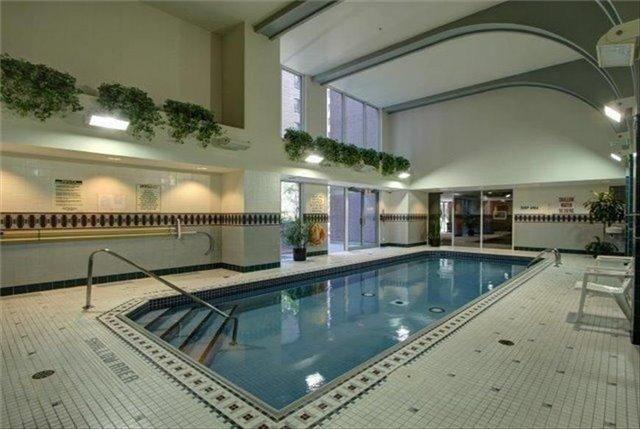 Condo Apartment at 7 King St E, Unit 2204, Toronto, Ontario. Image 5