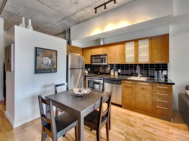 Condo Apartment at 33 Mill St, Unit 206, Toronto, Ontario. Image 10