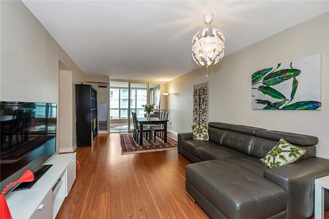 Condo With Common Elements at 30 Holly St, Unit 1505, Toronto, Ontario. Image 14