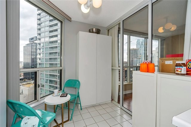 Condo With Common Elements at 30 Holly St, Unit 1505, Toronto, Ontario. Image 19